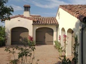 5 car garage with spanish style design